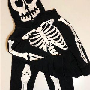Kids skeleton sweat suit